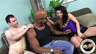 Asian wife meets with a black bull for sex